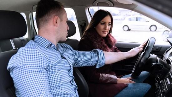 Choose a STR-affiliated Driving School – the Safest Bet