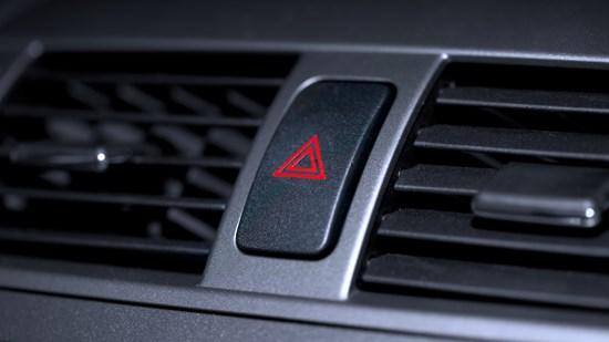 Varningsblinkers – när får varningsblinkers användas?